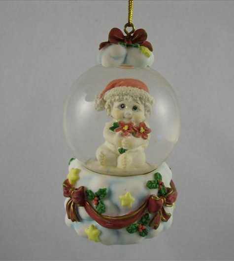 Poinsettia Waterglobe Ornament