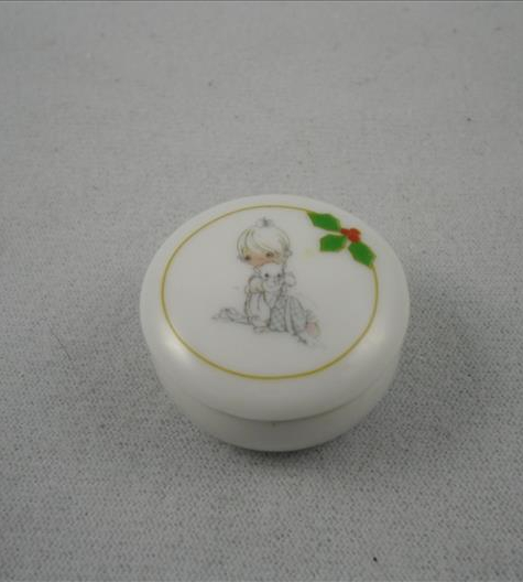 Girl With Cat Mini Covered Dish