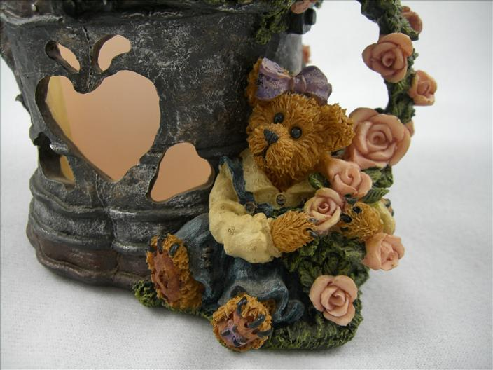 Lydia - Shower Of Roses Candle Holder