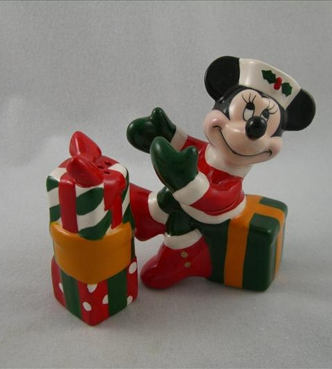 Minnie With Gifts Salt & Pepper