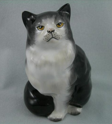 Persian Cat, Seated